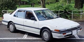 (このファイルはクリエイティブ・コモンズ 表示-継承 4.0 ライセンスのもとに利用を許諾されています。ファイル名:Honda Accord 1985 Japan Front.jpg/投稿者:Kirakiraouji)
