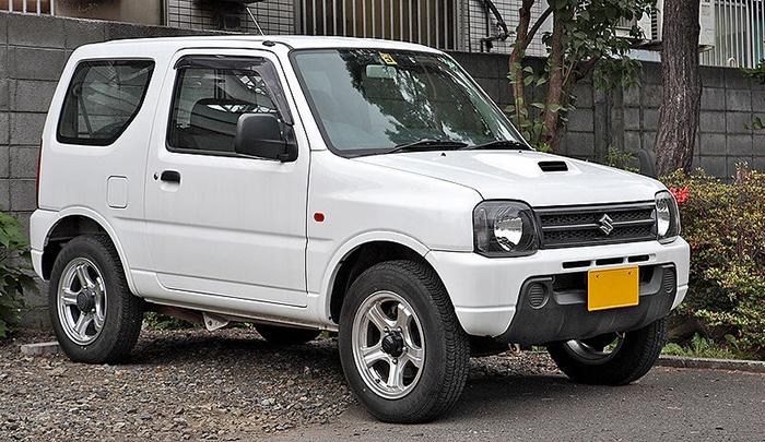 800px-Suzuki_Jimny_JB23_011