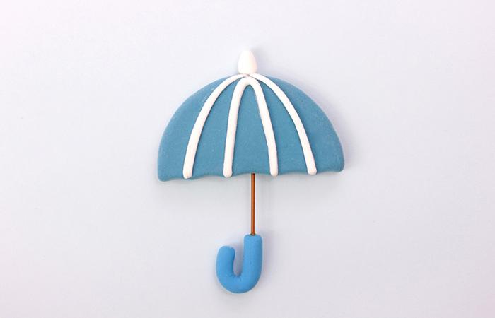 その性能の高さを店頭でデモやがて雨の日の定番のアイテムに