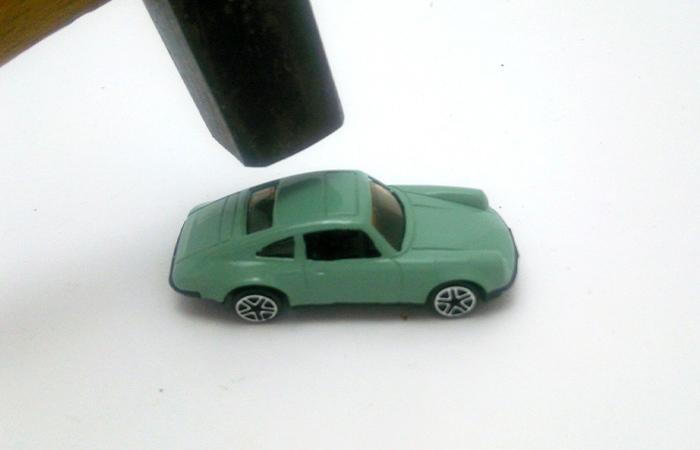 車の解体を依頼する